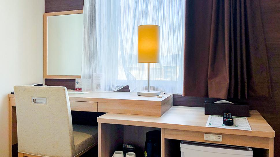 セミダブルルーム|客室のご案内|KOKO HOTEL 広島駅前